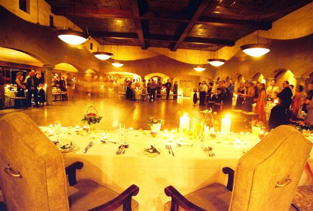 function-venue-ballroom-view-main-table-large