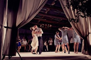 southboundbride-bridesmaids-duties-05