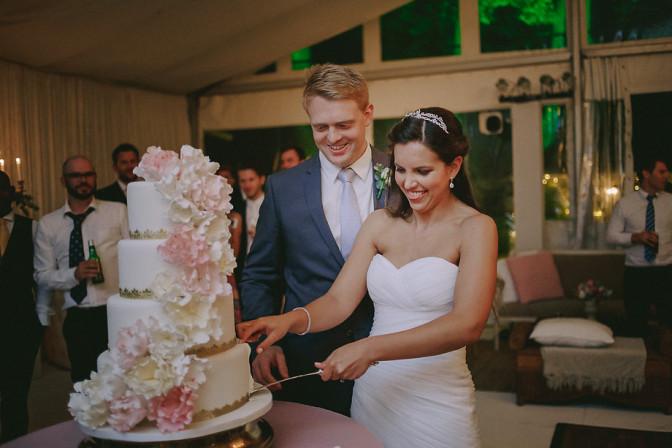 Real Wedding: Roxanne & Dustin