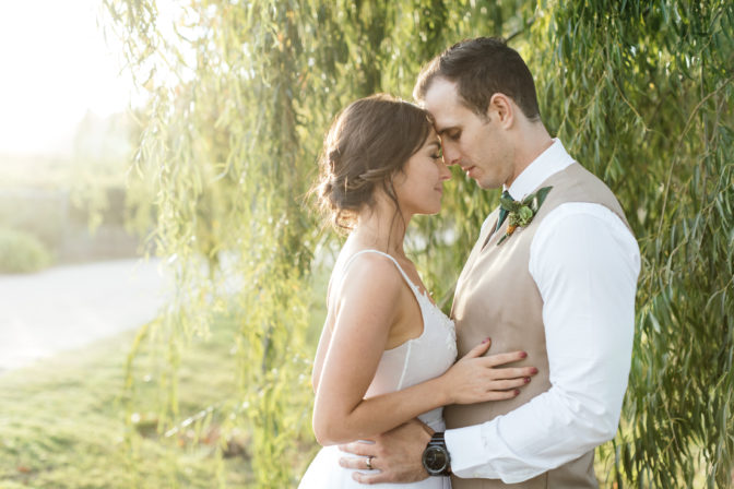 Real Wedding: Amy & Ashley – Lothian Vineyards, Elgin
