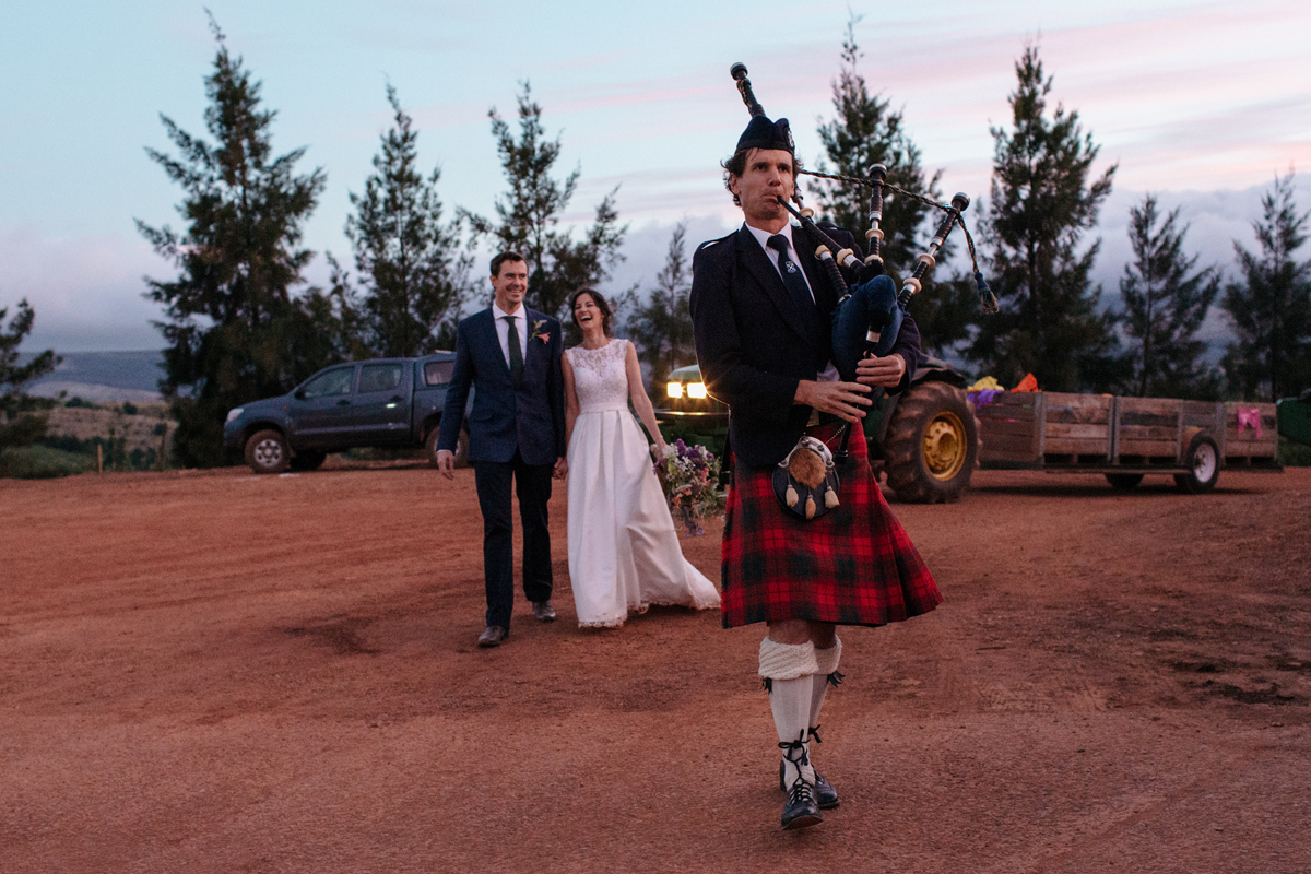 Barn_Wedding_Elgin_Creation_Events_Bagpiper_Cape_Town